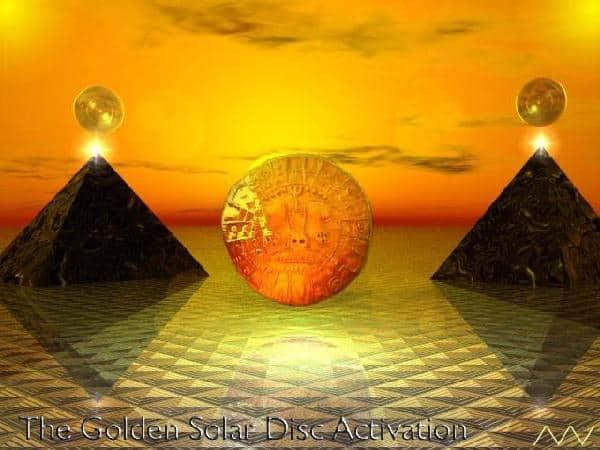 Disco solar piramide egipcia hijos del sol