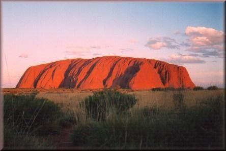 Uluru 1 [3 ]