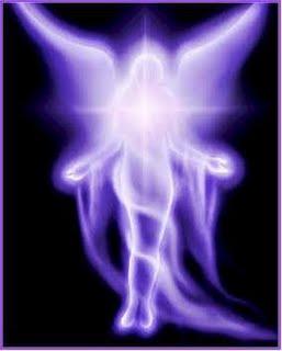 Angel de llama violeta