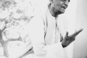 La creencia ata, la creencia aísla, por Krishnamurti