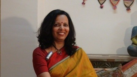 Dra.-Prachiti-Kinikar-PatwardhanMédico-Ayurveda