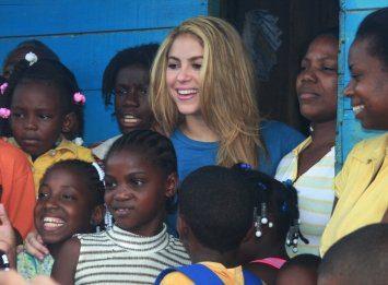Shakira Fundación pies descalzos