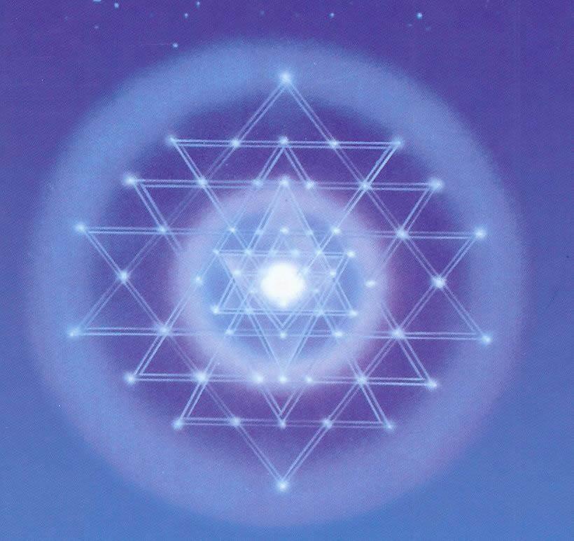 SRI YANTRA REC3 Meditación / Servicio energetico mes de MAYO 2011 LUZ y AMOR facilitan nuestras vidas