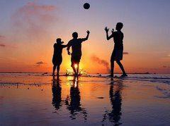 Niños - jugando_playa