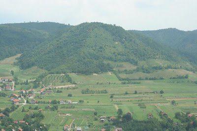 Piramides Bosnia 03