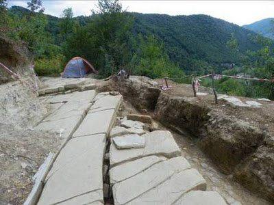 Piramides Bosnia 04