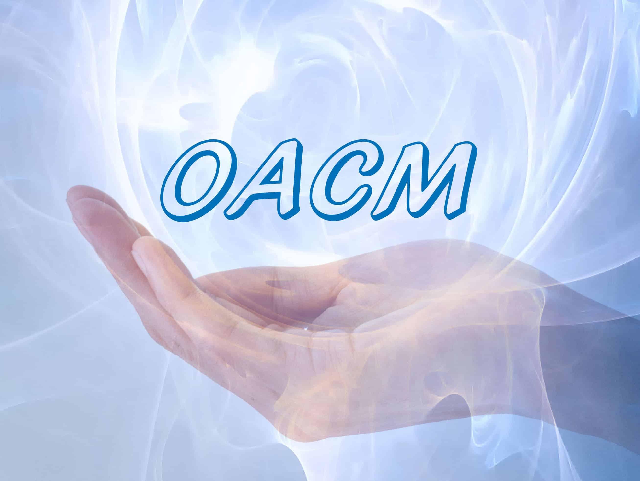 mano azul con energia oacm - azul