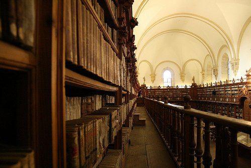 Biblioteca Archivo Biblioteca