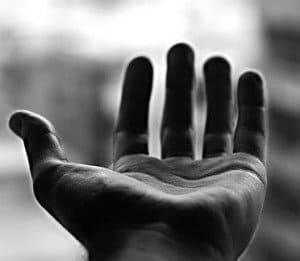 Extiende tu mano hacia el AMOR hermandadblanca.org