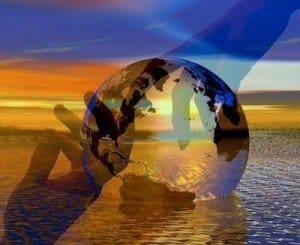 mundo entre manos dorado azul hermandadblanca.org