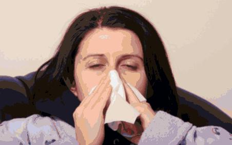 Resfriado, estornudo, mocarse