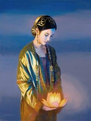 Kwan Yin - flor de loto en la mano