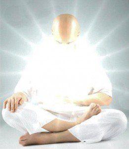 hombre con luz interior