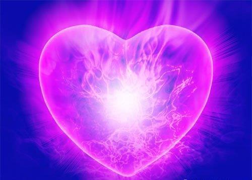 corazón violeta