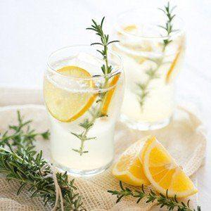 zumo-de-limon-y-romero-300x3001