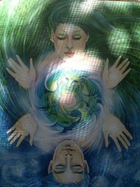 foto con luz del chakra 4- pareja