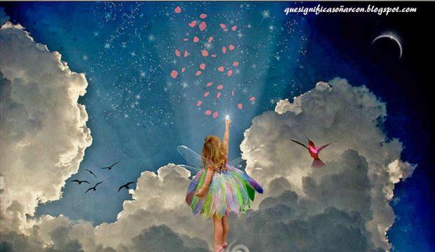 Cofre_de_los_sueños_hada_dibujando_sueños_en_el_cielo