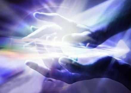 20150911_sanadores_espirituales_sanador_energia_manos