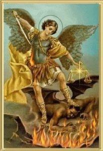 arcángel Miguel con fuego