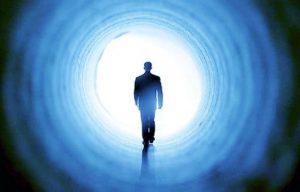 regresando a la luz con la muerte y el más allá