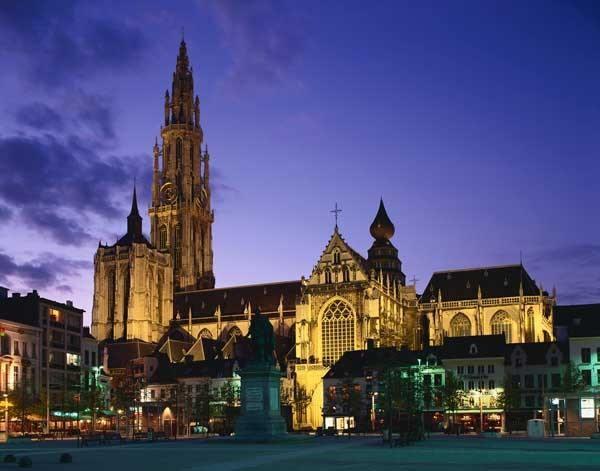Lugares Sagrados. Catedral de Notre Dame