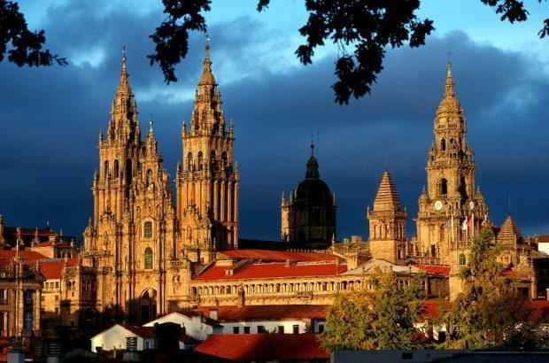 Lugares Sagrados. La catedral de Santiago de Compostela