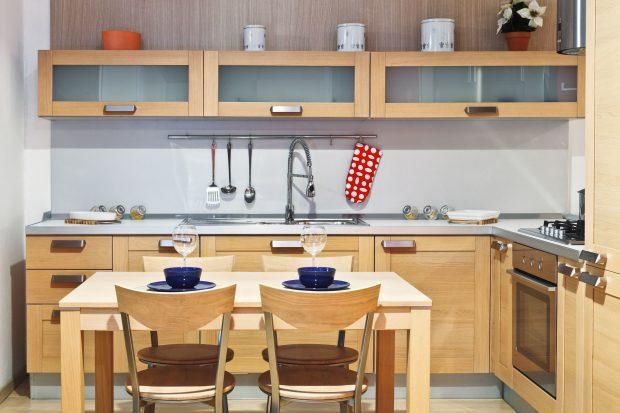 El orden y la limpieza son aspectos muy importantes para mantener la armonía en la cocina.