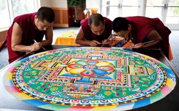 Mándala Tibetano descubre la armonía