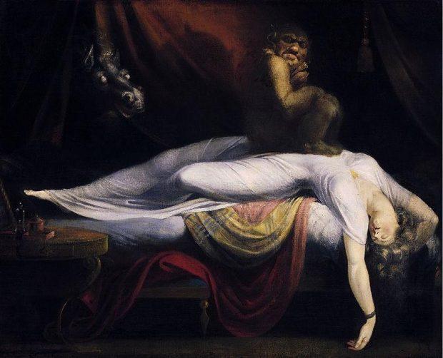 mujer estirada durmiendo - cofre de los sueños
