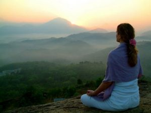 meditacion-en-la-montana