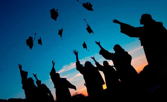 soñar con la graduación