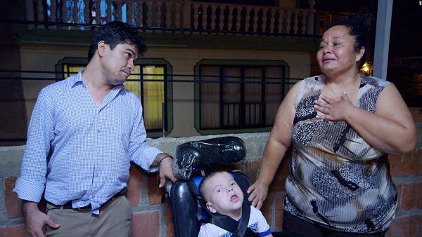 Jeison Aristizábal ayuda a los niños con discapacidad_opt