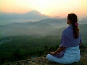 hermandadblanca org meditacion en la montana 300×225.jpg - Meditación guiada para la paz interior. José Manuel Martínez Sánchez - hermandadblanca.org