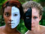 hermandadblanca org racismo 300×225.jpg - Ser Diferente - hermandadblanca.org