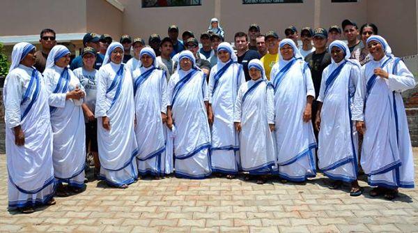 las-misioneras-de-la-caridad_opt
