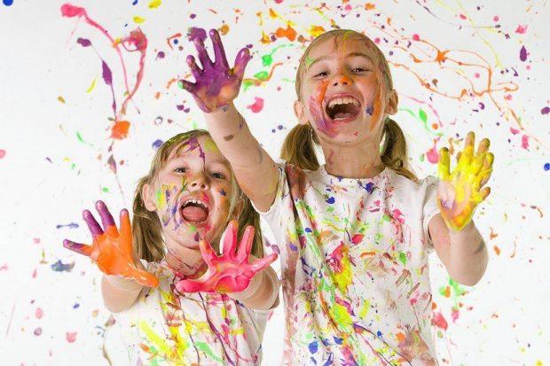 nenas-pintando-pintura