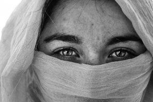 Entrevista con Soraya: el poder de leer el tarot de los Ángeles