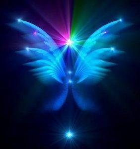 el poder de leer el tarot de los angeles para nuestra vida - Entrevista con Soraya: el poder de leer el tarot de los Ángeles - hermandadblanca.org