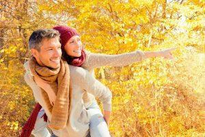 family autumn - ¡Sea feliz! Es la experiencia plena del permanente júbilo - hermandadblanca.org