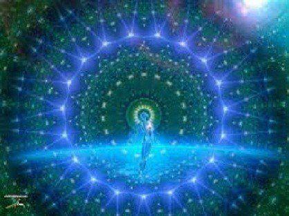 sigue a la luz divina