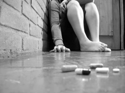 20170304 kikio327154 id123228 alcohol y drogas mas alla de la frontera del tabu social por que no debemos consumirlas imagen 2 - Alcohol y drogas. Más allá de la frontera del tabú social. ¿Por qué no debemos consumirlas? - hermandadblanca.org