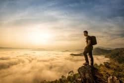 20170308 suonidiluce253 id123354 como caminar en el mundo viandante in cammino – 3 - Como caminar en el mundo - hermandadblanca.org