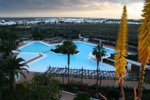 20170407 jorge id124445 thetahealing hotel beatriz lanzarote piscina3 - Vacaciones + Thetahealing del 12 al 18 de Mayo 2017 en Lanzarote - hermandadblanca.org