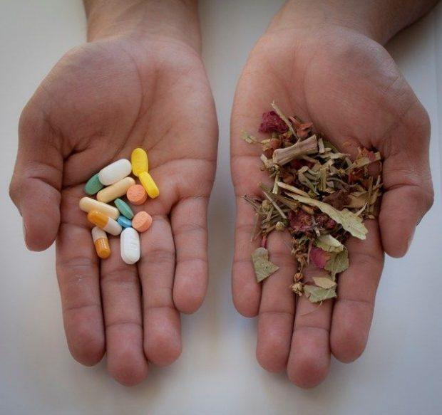 20170418 kikio327154 id124711 Medicina natural para la gastritis 3 - Medicina natural y el riesgo de caer en manos de charlatanes. - hermandadblanca.org