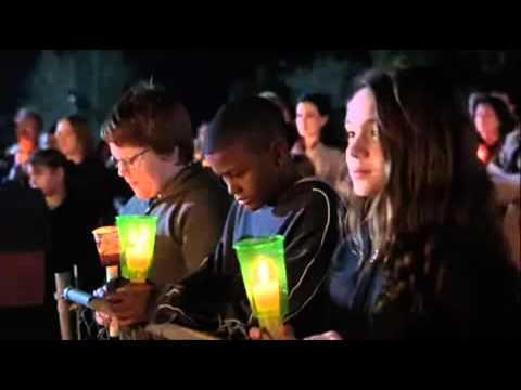 """20170425 willyhern39164 id125088 el mundo puede cambiar - ¿Podrá una idea cambiar al mundo? Reflexión de la Película """"Cadena de Favores"""" - hermandadblanca.org"""
