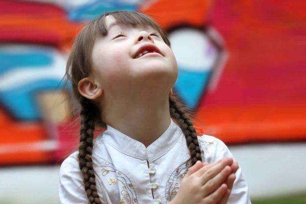 20170610 kikio327154 id127632 Imagen 6 - Niños con capacidades diferentes. ¿Cómo involucrarlos en la espiritualidad familiar? - hermandadblanca.org
