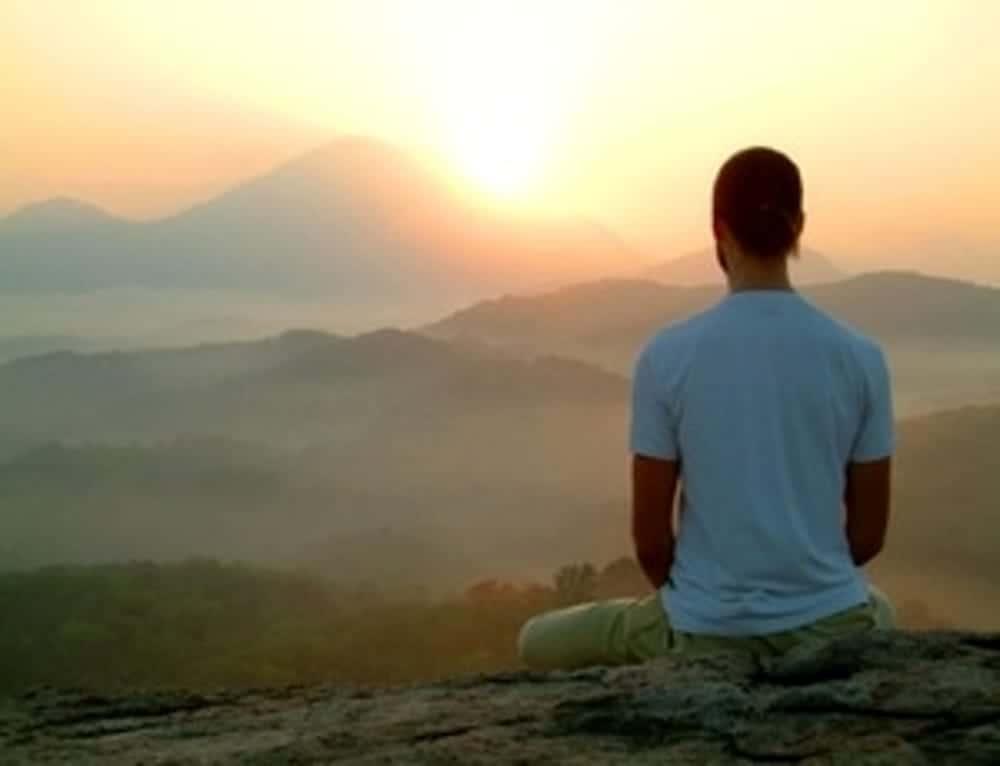 20170626 carolina396 id128647 yoga all'alba in montagna 2 - Sananda ~ La intención de ir hacia adentro a diario es la decisión de despertar del sueño - hermandadblanca.org
