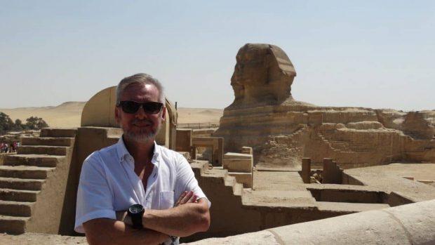 20170628 rosa id128704 Nota Egipto Dr Sahù 1068×601 - Sêshen – El Sistema Tradicional de Sanacion del Antigüo Egipto. por Dr. Sahù Ari Merek - hermandadblanca.org