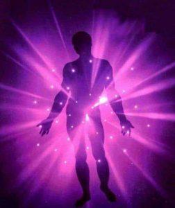 20170723 willyhern39164 id129902 color del aura violeta - Aura Violeta, el Color del Aura de la Espiritualidad - hermandadblanca.org