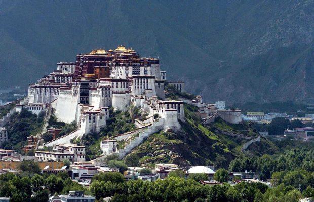 20170726 jorge id130118 india nepal tibet agosto 2017 12 viajes 12 chakras portales julio alon LHASA PALACIO POTALA - India, Nepal y Tibet Agosto 2017 - 12 Viajes, 12 Chakras/portales con Julio Alonso Martínez. - hermandadblanca.org